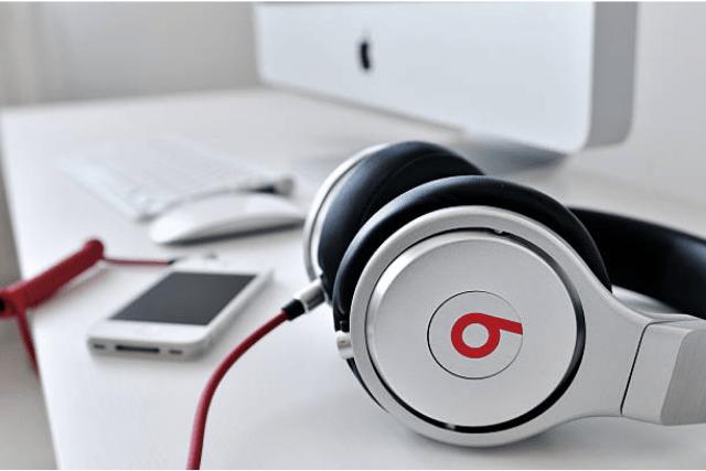 How to Clean Beats Headphones